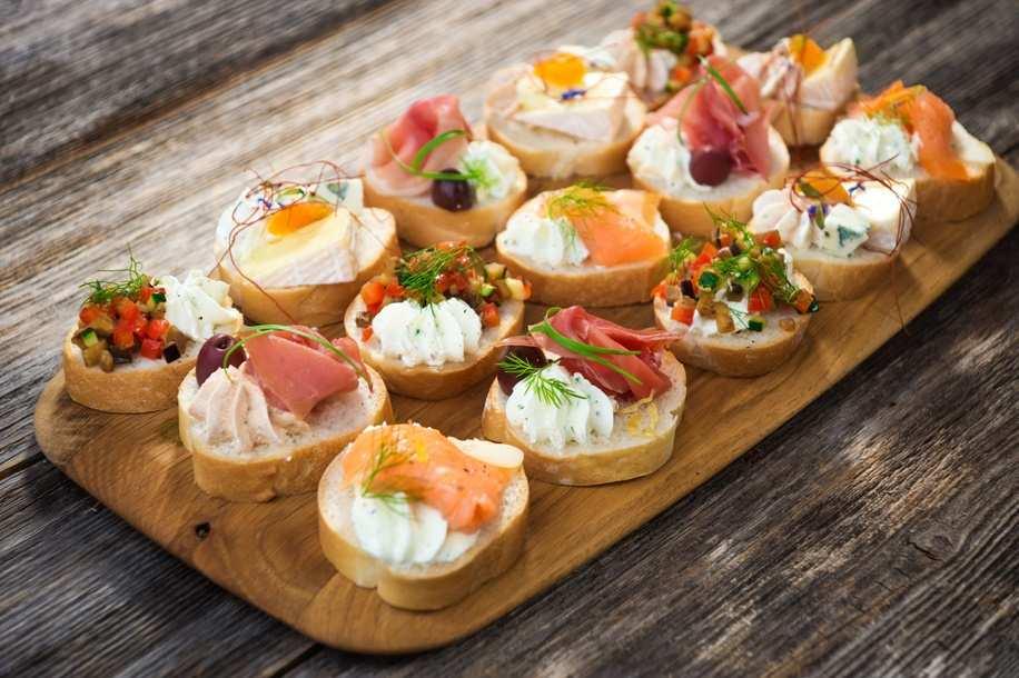 3 lý do bạn nên chọn tiệc finger food 2 3 lý do bạn nên chọn tiệc finger food