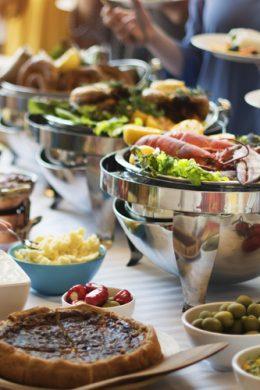 Có nên làm tiệc buffet tại nhà? 2 Có nên làm tiệc buffet tại nhà?