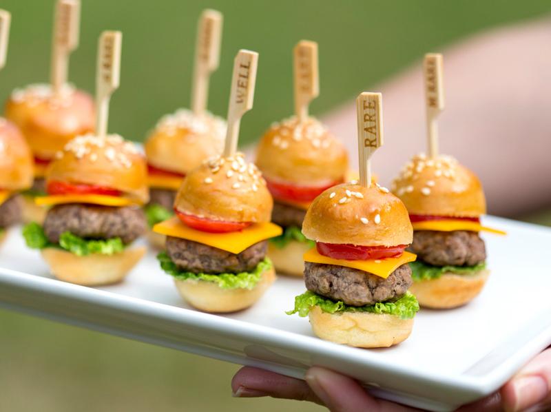Gợi ý thực đơn tiệc Finger Food cho hội nghị 1 Gợi ý thực đơn tiệc Finger Food cho hội nghị