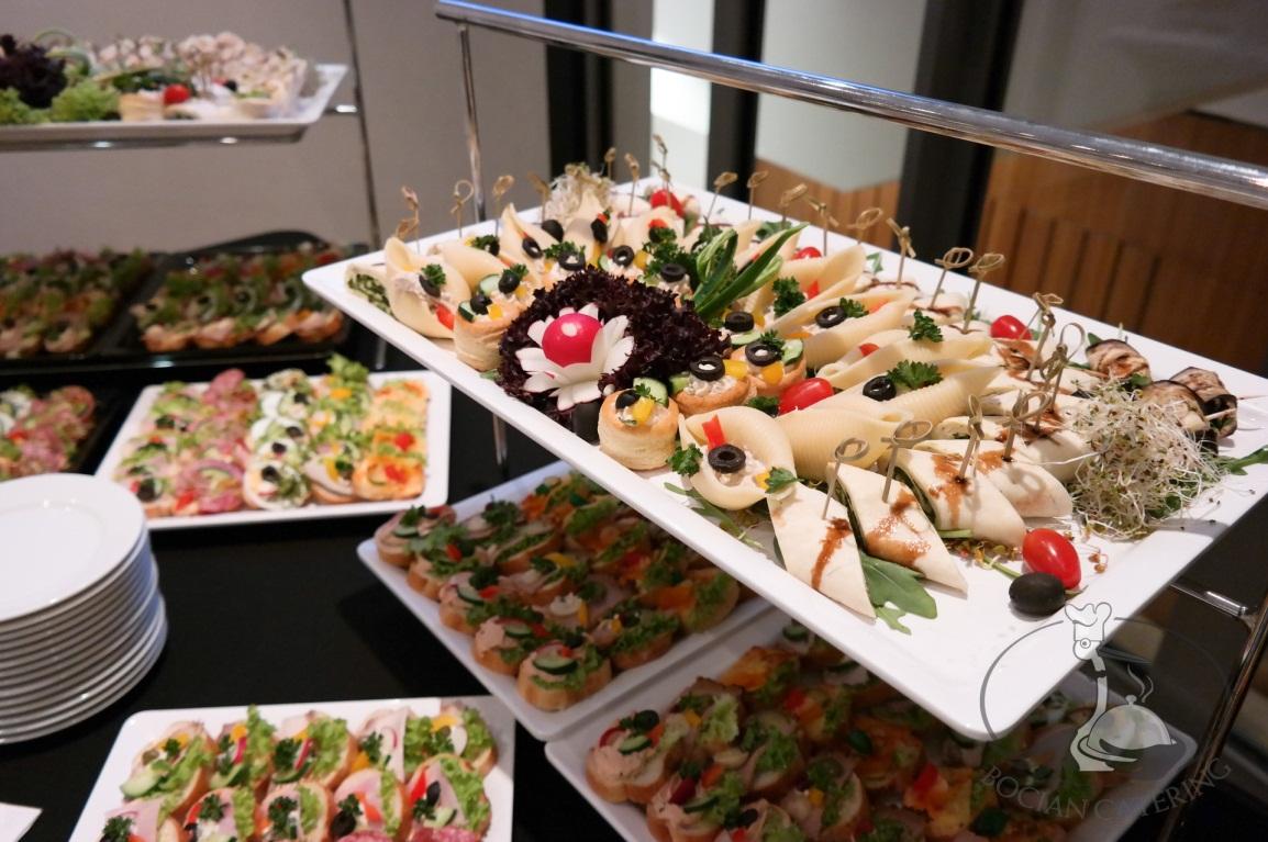 Hướng dẫn đặt tiệc finger food cho buổi họp mặt 2 Hướng dẫn đặt tiệc finger food cho buổi họp mặt