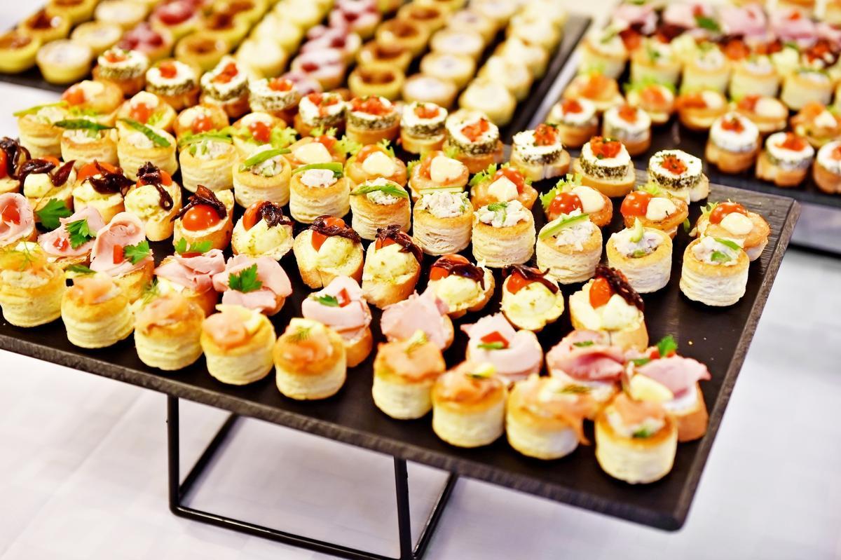 Nhận đặt tiệc Finger Food sang trọng 1 Nhận đặt tiệc Finger Food sang trọng, giá tốt nhất